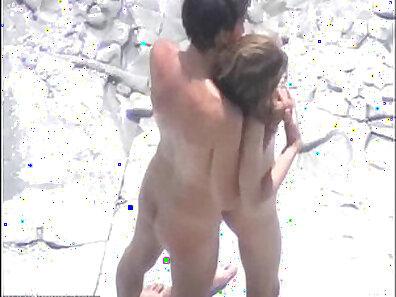 beach sex, fucking in HD, HD amateur, shower humping xxx movie