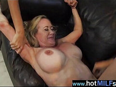 famous pornstars, hot babes, mature women, older woman fucking, private sextapes, sex contest, sexy lady xxx movie