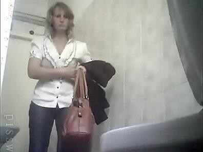 beauty xxx, blondies, kinky toilet sex, peeing fetish xxx movie