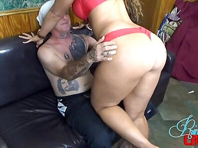 boobs in HD, fucking in HD, huge breasts, sexy mom, sitting on face, tinder date xxx movie