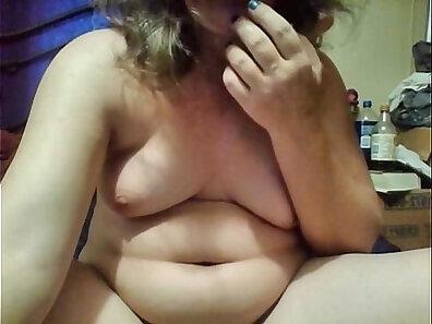 clitoris, HD amateur, sex with toys, sexy mom, webcam recording xxx movie