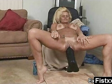 fist in pussy, hot babes, mature women, older woman fucking xxx movie