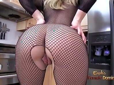 blondies, domination porno, girls in fishnets, girls in stockings, making love, sexy mom xxx movie