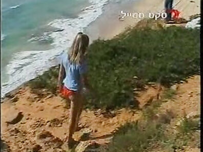 beach sex, fucking in HD, sex with hitchhikers xxx movie